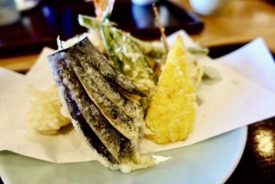 Miyota-machi, Japan: 夏の野菜と海老天ぷら