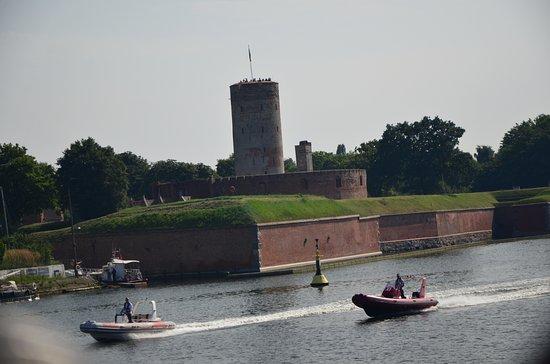 Gdansk, Poland: twierdza z wody