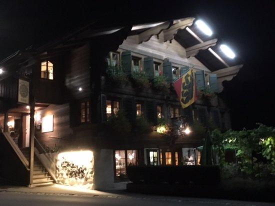 Blankenburg, Switzerland: Restaurant Hüsy by night