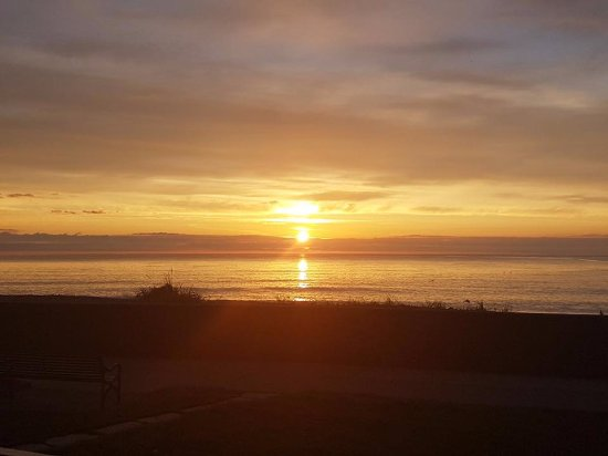 BayView Bed & Breakfast: Worth getting up early for the sunrise!