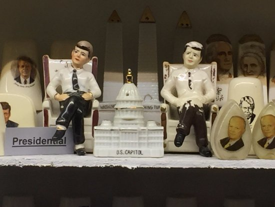 Salt and Pepper Shaker Museum : Salt & Pepper Shakers Presidential Theme