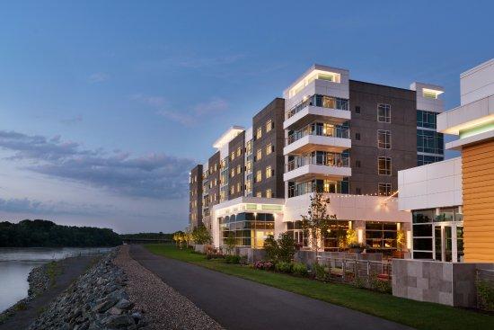 The Landing Hotel At Rivers And Resort Schenectady Ny Foto S Reviews En Prijsvergelijking Tripadvisor