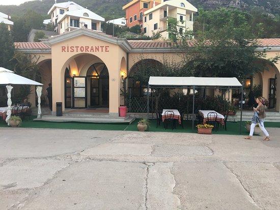 Arzana, Italia: Esterni