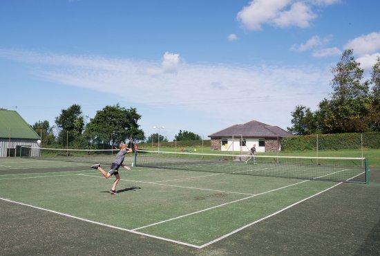Kennacott Court: Tennis