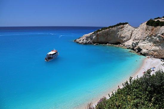 Nikolaos Boat