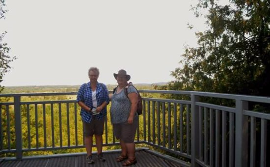 Orangeville, Canadá: The view over the cliffs