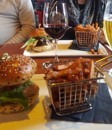 La Forge Bistro-Bar & Grill: Dinner - La Forge, Mont- Tremblant