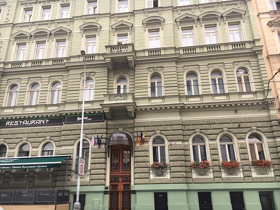 Deminka Palace: photo0.jpg