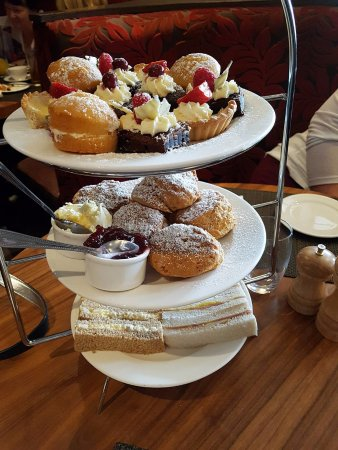 Polmont, UK: Afternoon Tea