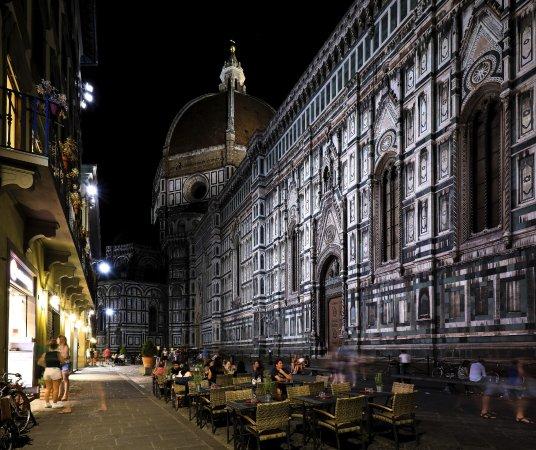 Palazzo Niccolini al Duomo: The Church of Santa Maria Del Fiore at night