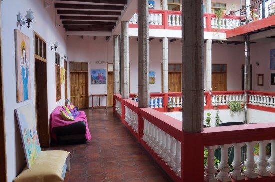 Hostal Quito Cultural: Second Floor