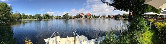 Ilsenburg, Germany: Blick von der Terrasse auf den Teich und die Stadt