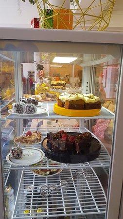 Simrishamn, Sverige: Cakes at KIN