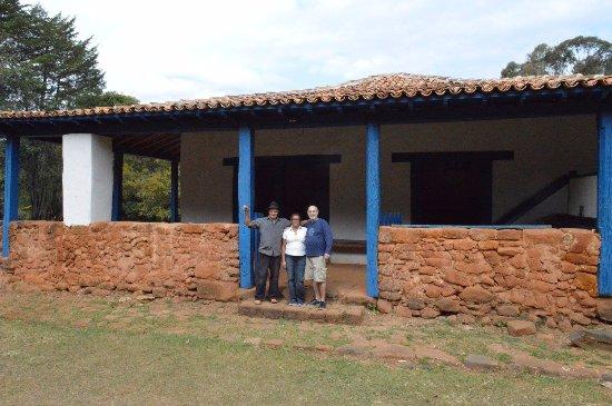 Casa de Tiradentes: A visita é guiada pelo Sr. Marinho.