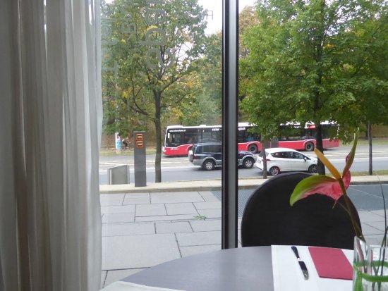 Radisson Blu Park Royal Palace Hotel: Blick auf die Johnstraße 4