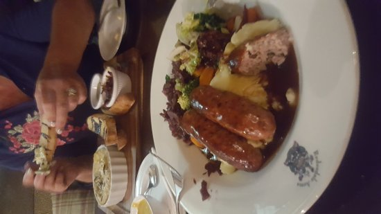 Redesdale Arms Hotel: 20170905_200725_large.jpg