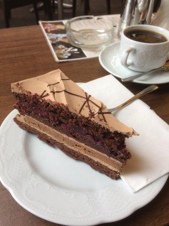 Cafe Knigge : Name vergessen, schmeckt, aber sehr mächtig