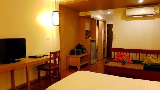 Best Western Phuket Ocean Resort: room entrance