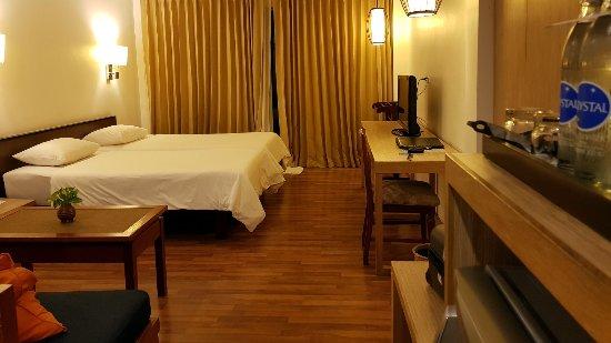 Best Western Phuket Ocean Resort: room