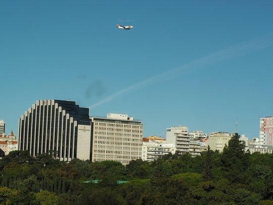 SANA Lisboa Hotel: Vista desde la habitación de la novena planta