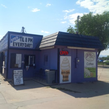 Berthoud, CO: Outside Storefront
