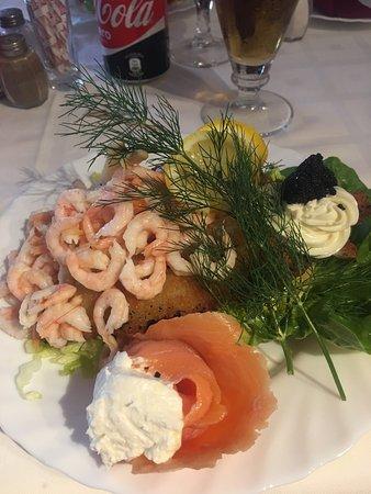 Restaurante holger danske en fuengirola con cocina otras - Cocinas fuengirola ...