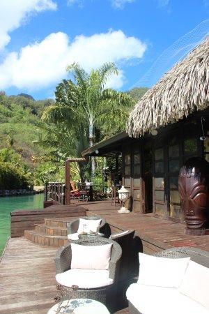 Fenua Mata'i'oa: Terrasse sur le lagon