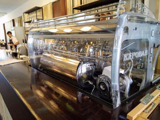 Pardubice, República Checa: Kávovar na lahodnou švédskou kávu
