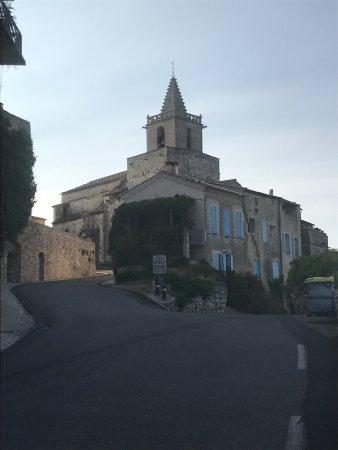 Venasque, Francia: photo0.jpg