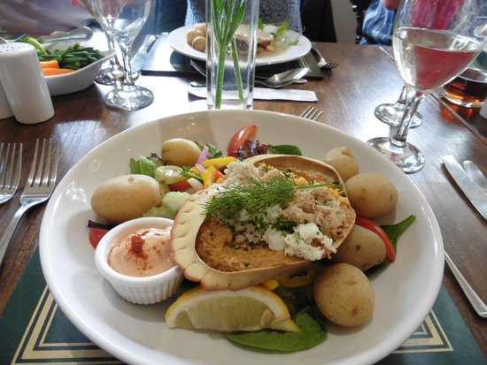 The Elmer Pub and Hotel: My crab salad was so beautiful, I had to take a picture! It tasted wonderful, too.