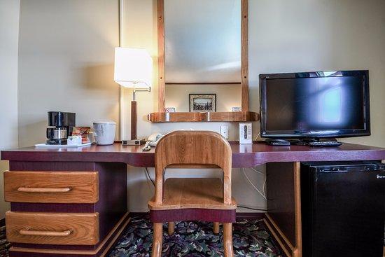 Creston Hotel Photo