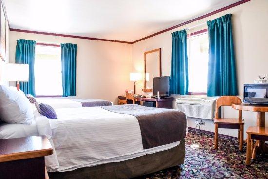 Creston Hotel: 2 Double Beds