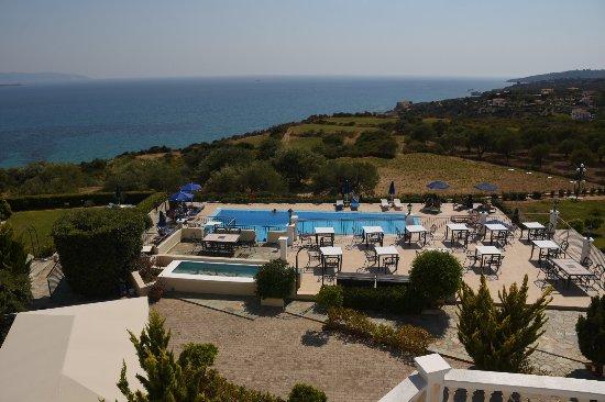 Trapezaki Bay Hotel Photo
