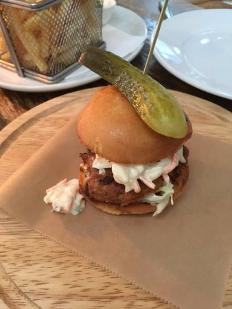 The Horse: pork burger
