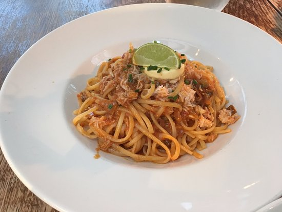 The Horse: crab linguine