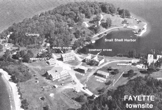 Garden, MI: Overview of Fayette