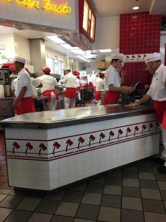 In-N-Out Burger: photo0.jpg