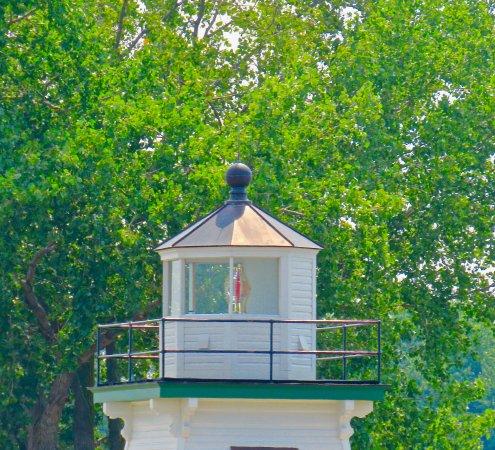 Port Clinton Lighthouse: PORT CLINTON LH