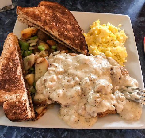 Belfair, WA: Chicken fried steak, gravy, toast, 2 scrambled eggs and potatoes