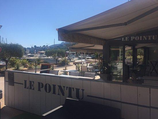 Le pointu theoule sur mer restaurant reviews phone for Restaurant le pointu toulon