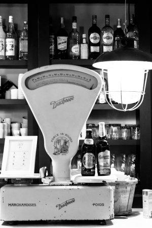 Delicatessen Lyon Restaurant