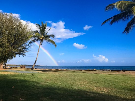 Waimea Plantation Cottages: Rainbow at the property