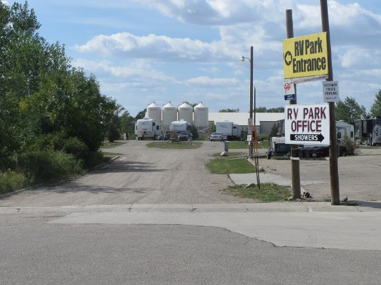 Casselton, ND: The Entrance at Governor's RV