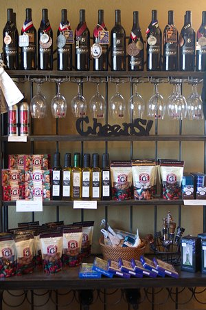 Clarkston, WA: Lots of wine-related gifts to choose from