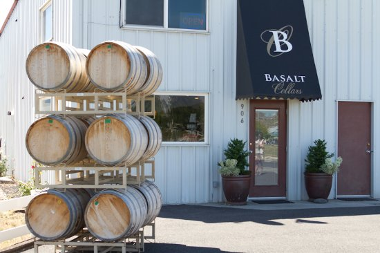 Tasting room is located in Clarkston, WA