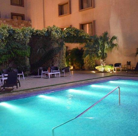 Eurobuilding Hotel & Suites Coro Photo