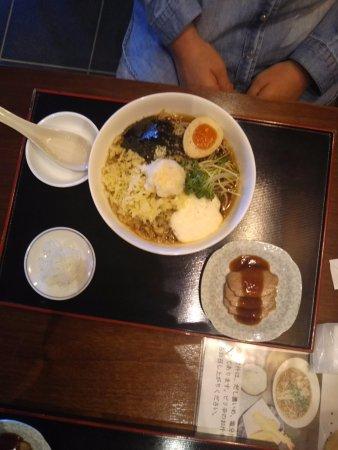 Naka, ญี่ปุ่น: 五目たぬきそば