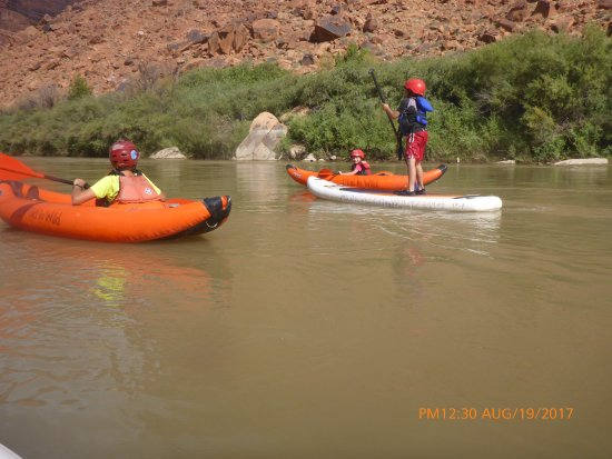 Mild to Wild Rafting and Jeep Trail Tours : Everyone loved the kayaks and stand up paddle board.