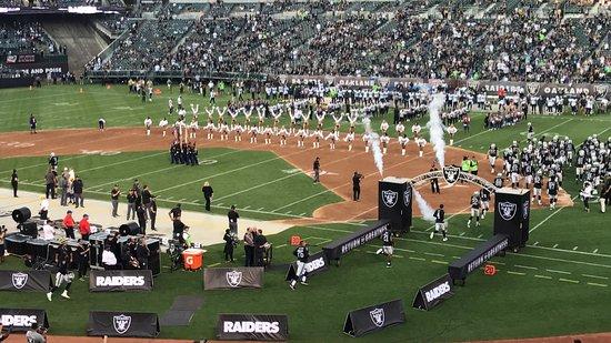 Oakland-Alameda County Coliseum: photo1.jpg