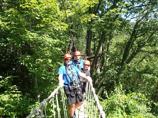 Barnardsville, NC: On one of the two rope bridges